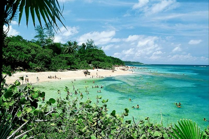 cuba-maguana-beach.jpg