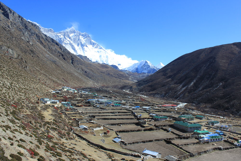 Entering the village of Dingboche  Photo by Superikonoskop