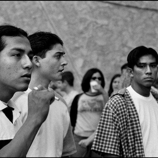 #latinos#sf#citylife#streetstyle#streetlife#analog#35mm#filmcommunity#portraitphotography#streetphotography#bnw#composition#world#catchlight#urban#best_streetview#film