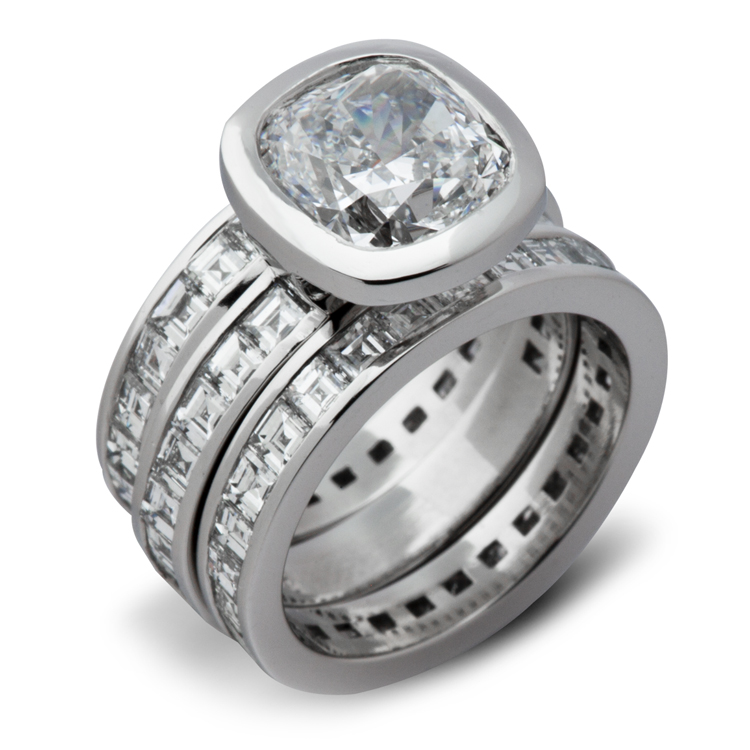 lec-Cla-cushion-cut-stacked-solitaire.jpg