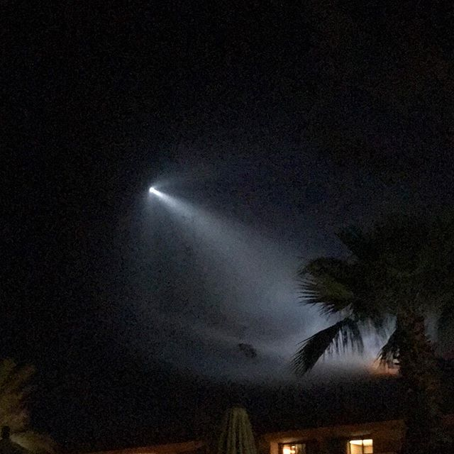 Close encounters of the California kind. Amazing launch of #spacex rocket tonight as seen from #palmsprings #ranchomirage #ritzcarltonranchomirage