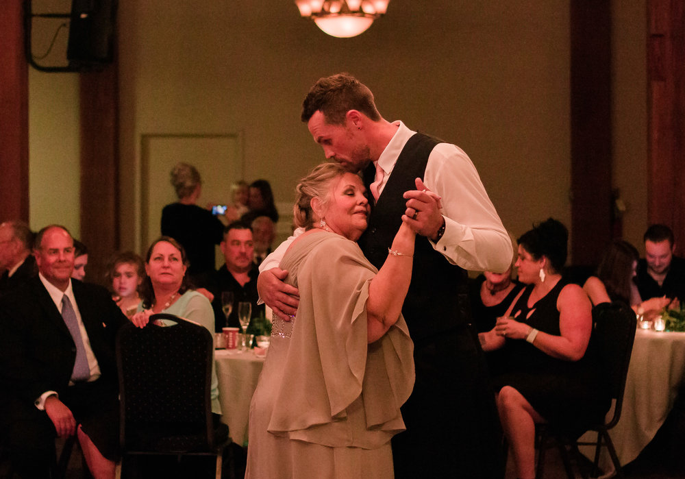 mother son dance wedding photo