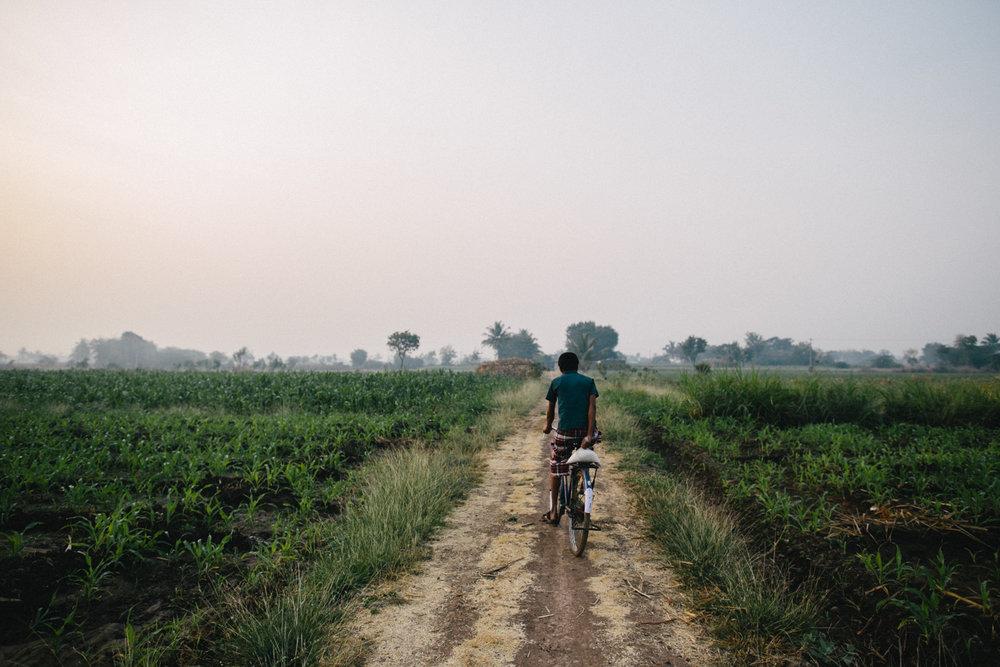 India Documentary Rachelle Derouin Photographer-19.jpg