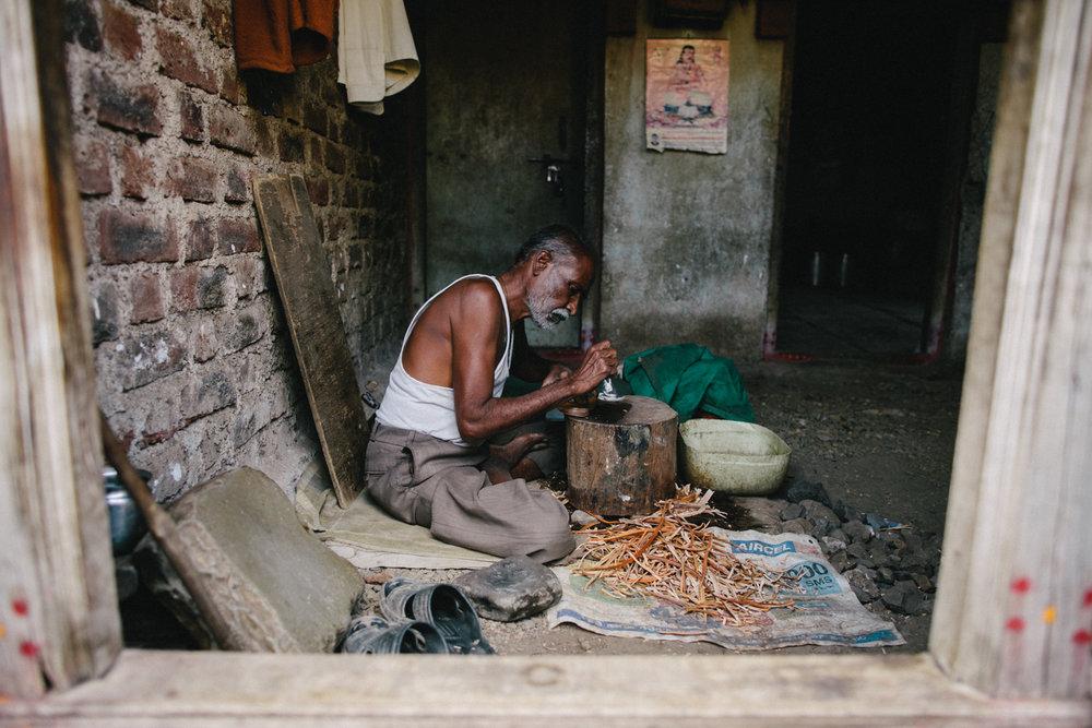 India Documentary Rachelle Derouin Photographer-37.jpg