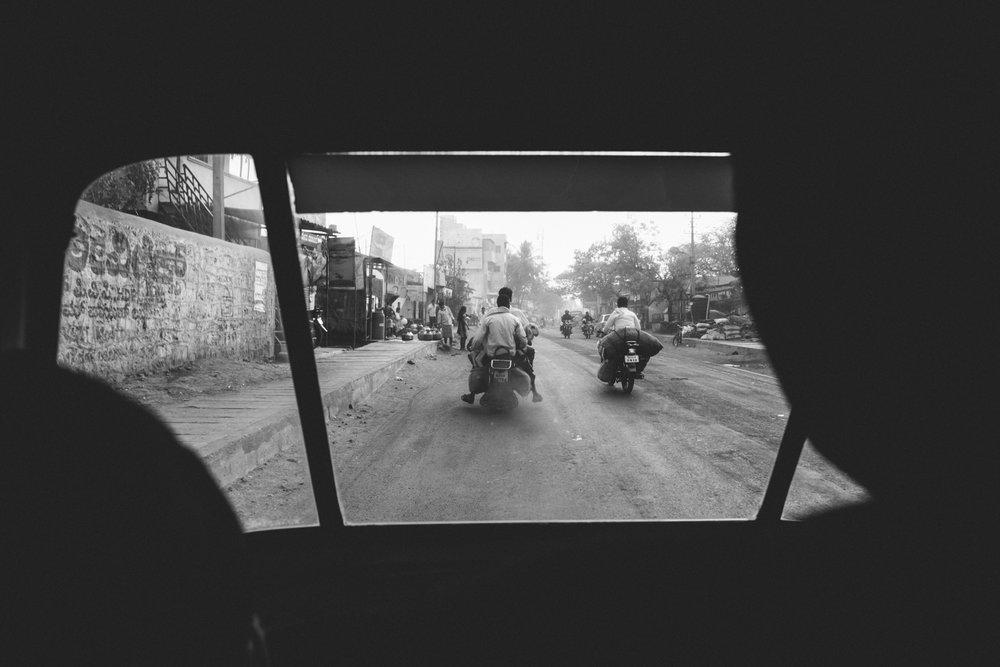 India Documentary Rachelle Derouin Photographer-39.jpg