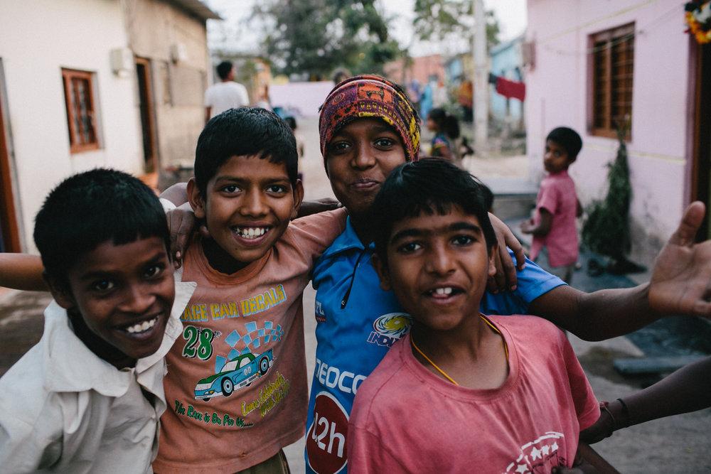 India Documentary Rachelle Derouin Photographer-47.jpg