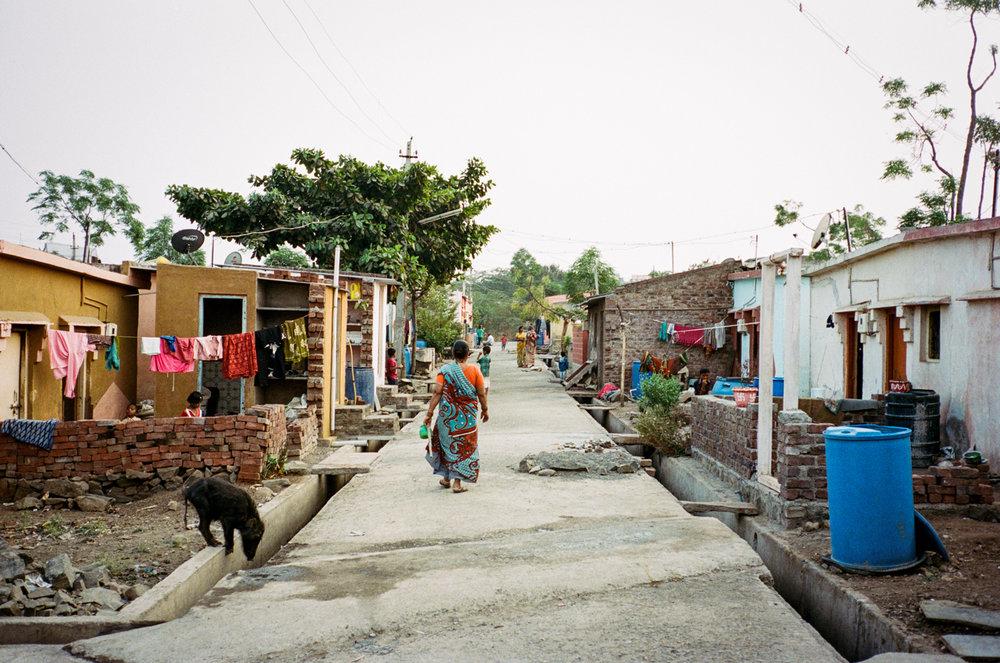 India Documentary Rachelle Derouin Photographer-73.jpg