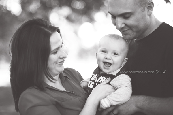 happy baby- fargo moorhead photographer