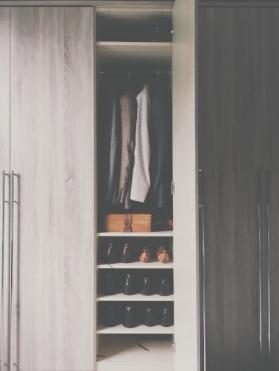 slim closet.jpg