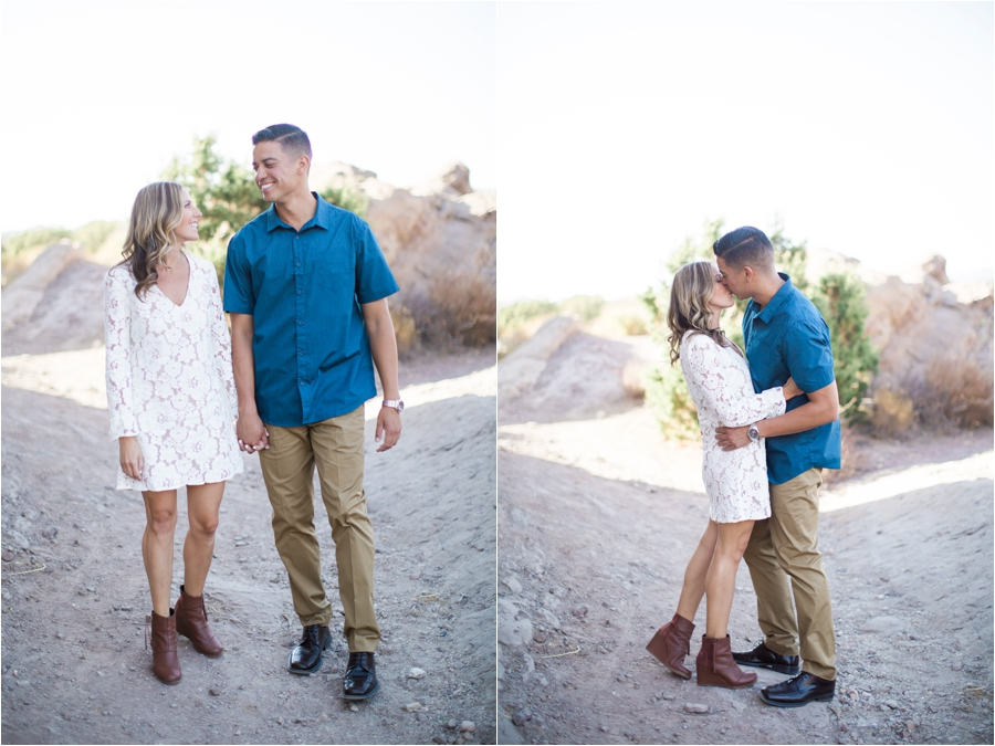 Vasquez-Rocks-Engagement-Session_Taylor-Kinzie-Photography_0722.jpg