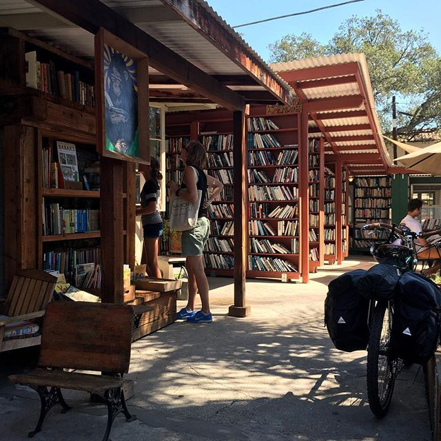 Where it never rains, there is  an outdoor bookstore. #ojai  #bartsbooks