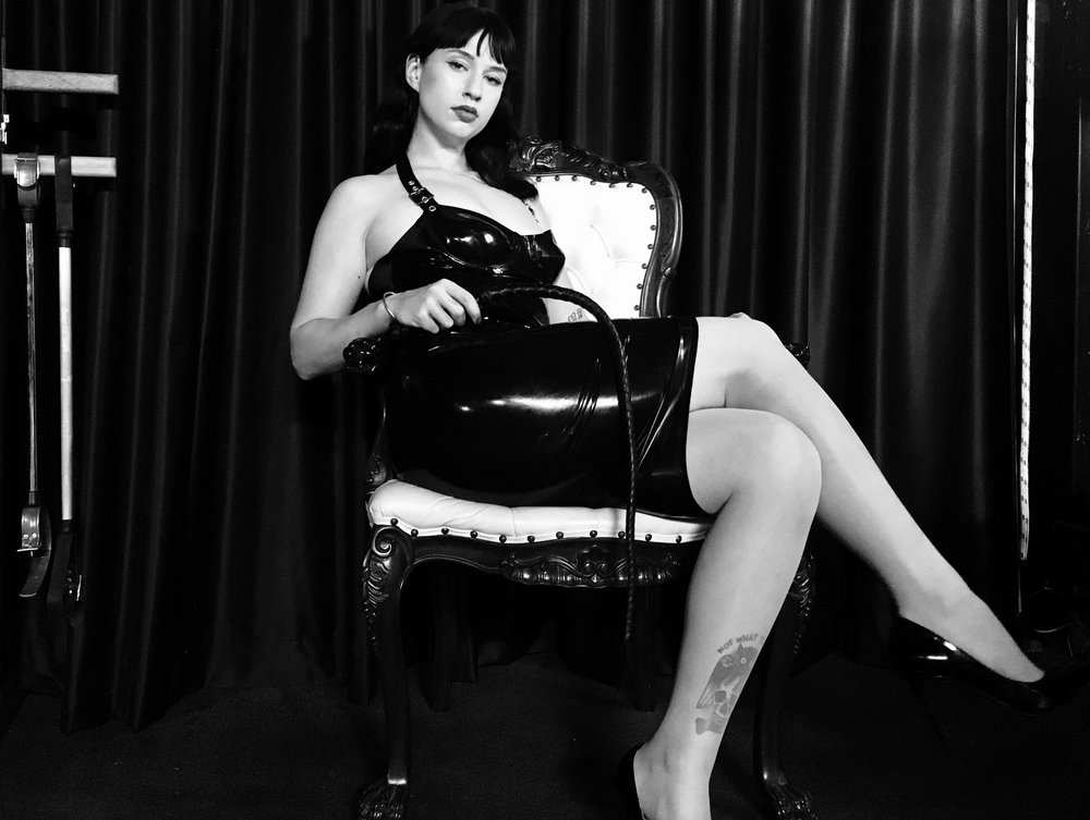 Mistress Ophelia Brisbane Dominatrix