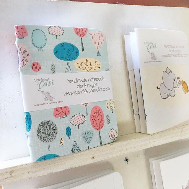 It's notebook season in the studio. . . . . . . . . . . . . . . #illustratorsofinstagram #instart #illustration #childrensillustration #homedecor #decorinspo #kidlitart #painteveryday  #playful #womenwhodraw #whimsicalart #whimsical #best_of_illustrations #childrenillustration #watercolor #gouache #creativebug #makeart #dowhatyoulove #momlife #pocketnotebook #shopsmall #stockingstuffer