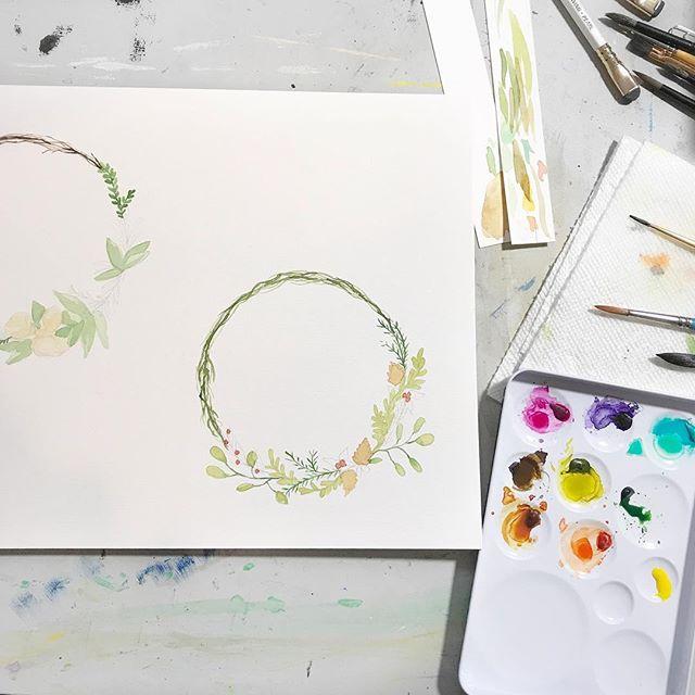 Sunday desk shot . . . . . . . . . . . #wreath #watercolorwreath #neverstop #illustratorsofinstagram #instart #illustration #childrensillustration #homedecor #decorinspo #kidlitart #painteveryday  #playful #womenwhodraw #whimsicalart #whimsical #best_of_illustrations #childrenillustration #watercolor #gouache #creativebug #makeart #dowhatyoulove #momlife