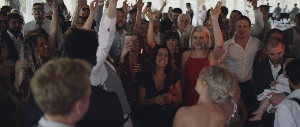 wedding+videographer+destination+cornwall+uk