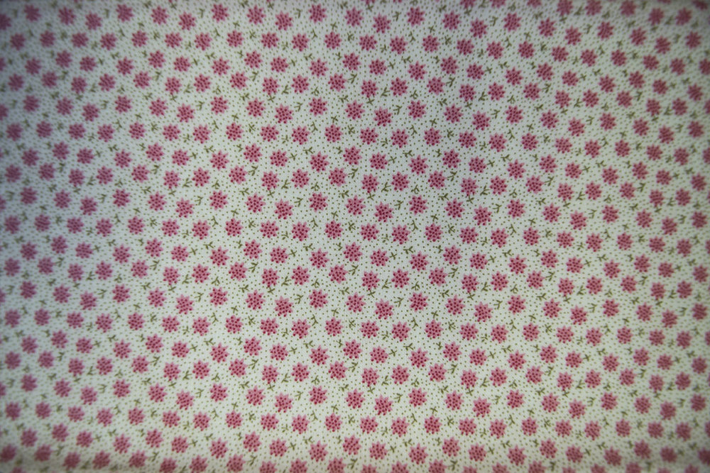 223_49480_pink