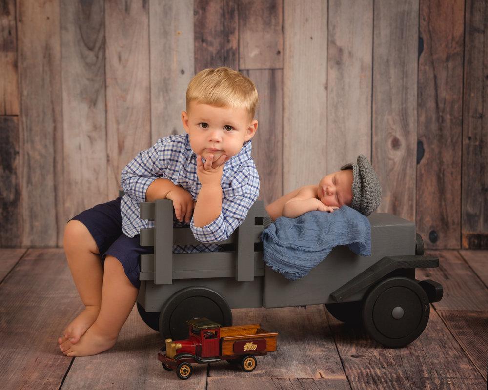 Suffield, OH Newborn Photography