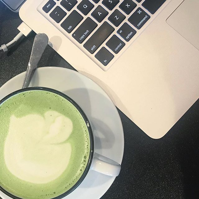 Morning matcha and website building💚🍵