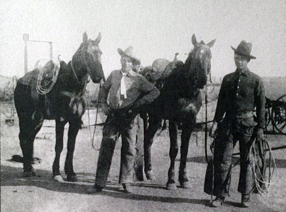 Brothers Carl (left) and Frank (right) Bledsoe in Texas.