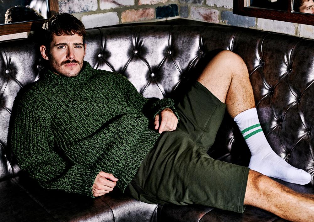 Jumper  CALVIN KLEIN   | Shorts  MOSCHINO  | Socks  ASOS