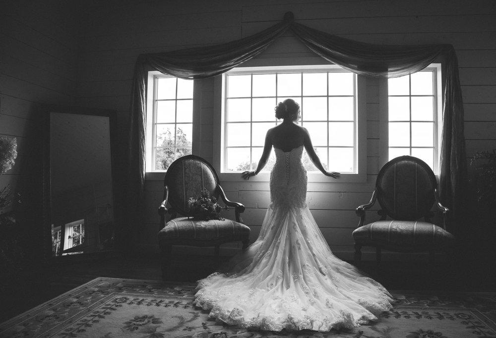 039-bride-18.jpg