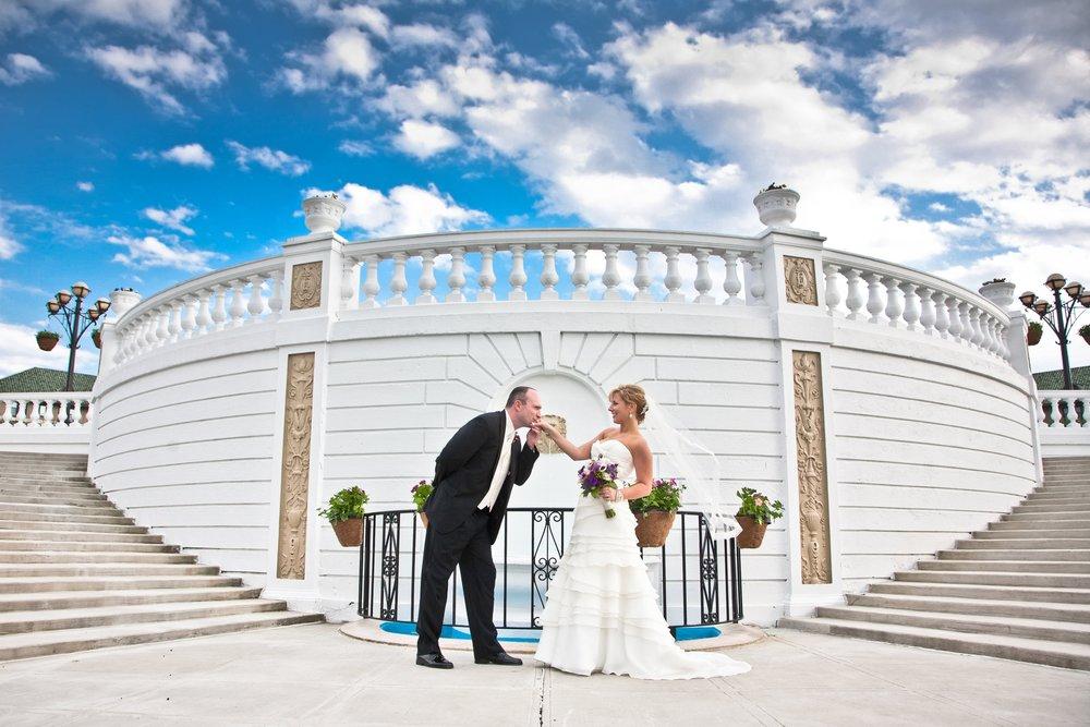 The Hotel Hershey wedding photo formal garden