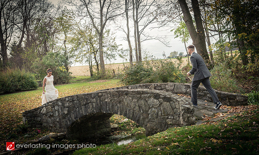 Cameron Estates Inn wedding photo