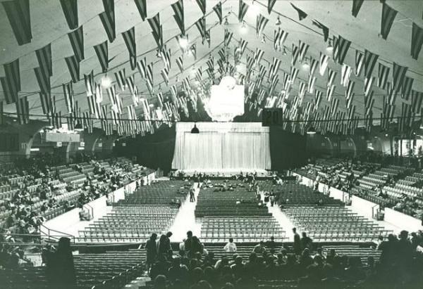 kirov-ballet-coliseum1964 jhsgw.jpg
