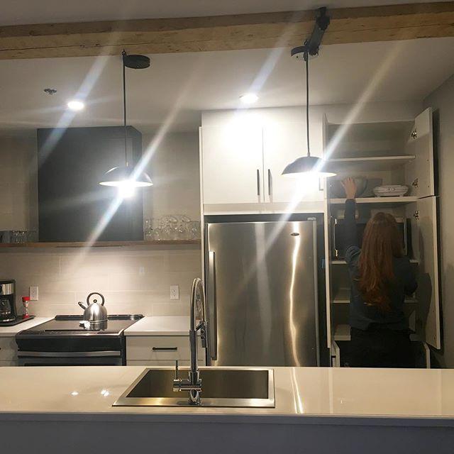 Anyone still hungry in our Loft ? Enjoy your kitchen! . . . #lesloftsstpaul #lesloftsqc #leslofts #vieuxquebec #oldquebec #quebec #quebeccity