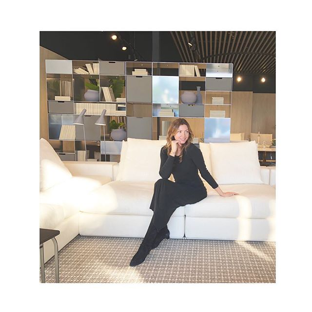 Love visiting showrooms with my clients✨ @flexform_sf_la #furnitureshopping #dinamarcianodesign