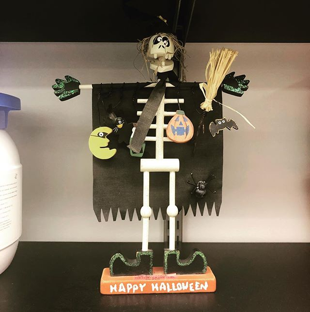 We won the annual MMI Halloween costume contest! We'll have the honor to display the official trophy in our lab for one year and we are very happy about it #halloweentrophies #halloween2018