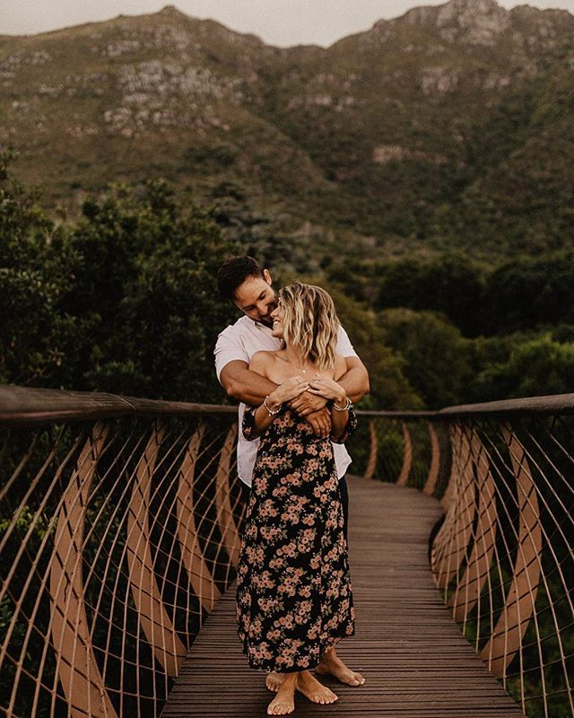 I'm having post vacation blues today and all I can think about is flying out of Alberta to somewhere warmer. If I could skip winter for the rest of my life, I would be okay with that 😅 these two beautiful beings just got engaged and I happened to come across their photos on Facebook! I'm definitely missing South Africa lately...or, more like all the time ☀️ I laugh every time I peak through this gallery because I remember we were 1) kind of tipsy (Leslie and I were anyway 😂) and 2) we got locked in because we stayed until it closed and we had to climb the fence to get out. Yup, I miss you Cape Town. I miss ya a lot 🤪 . . . . . . #edmonton #edmontonphotographer #edmontonweddingphotographer #yegwedding #yycwedding #calgaryweddingphotographer #yegengagement #yycengagement #engaged #yegblogger #jasper #banff #canmore #mountainengagement #mountainelopement #mountainwedding #kirstenboschgardens #belovedstories #muchlove_ig #authenticlovemag #dirtybootstravel