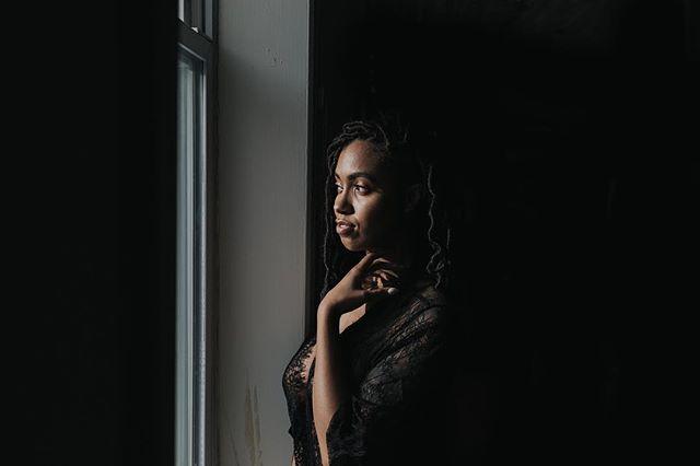 I get to photograph the best humans! 👌📷💋👸 + . . . . . . @nerdia.nadia  #boudoirphotographer #westmichiganphotographer #grandrapidsbride #grandrapidsphotographer #michigrammer #michiganwedding #intimate #agameoftones #chasinglight #instabride #naturallight #ohwowyes #portaitmood #quietthechaos #risingtidesociety #seekingthestars #boudoirinspiration #boudoirshoot #boudoirart #grandrapidsboudoirphotographer #michiganboudoirphotographer #portraitmood #portraitcollective #womenempowerment #womensupportingwomen #detroitphotographer #chicagophotographer