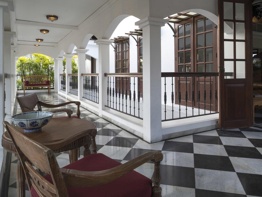 02-Villa Batavia - Colonial architecture.jpg