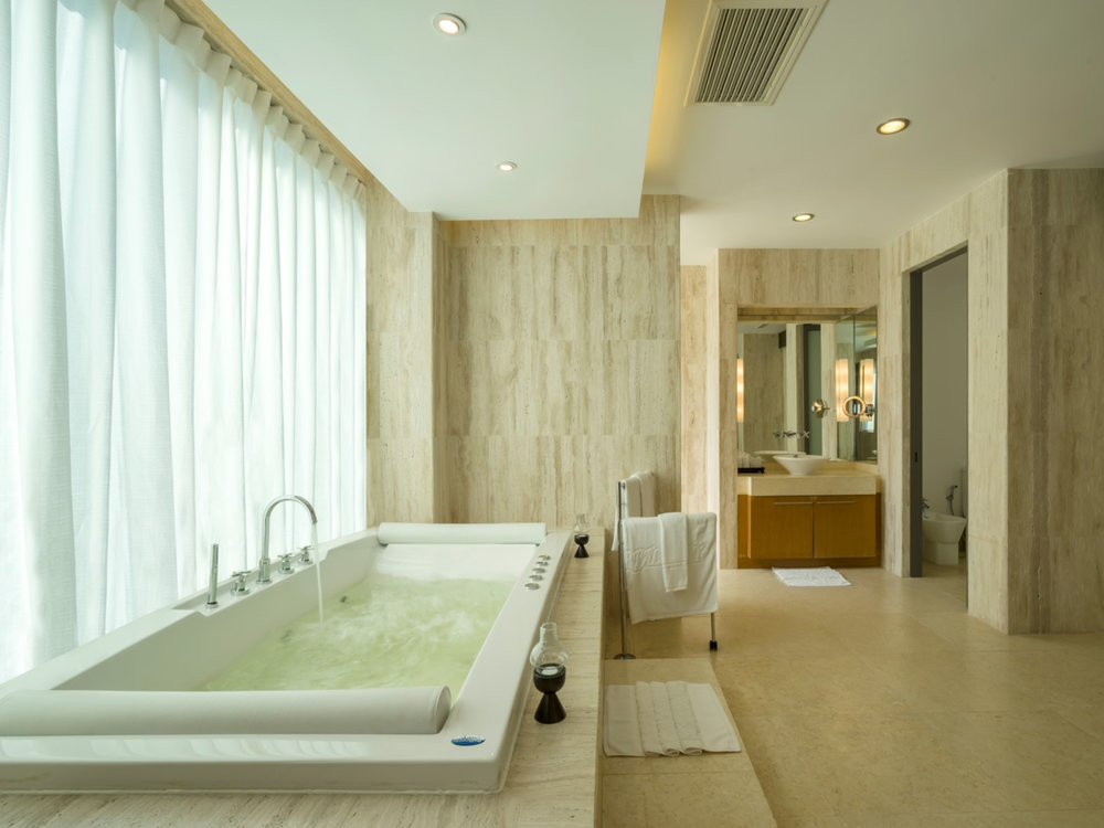 09-One Waterfall Bay - Master ensuite.jpg
