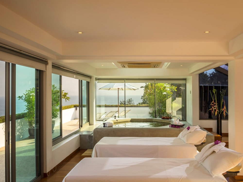 11-One Waterfall Bay - Spa room setting.jpg