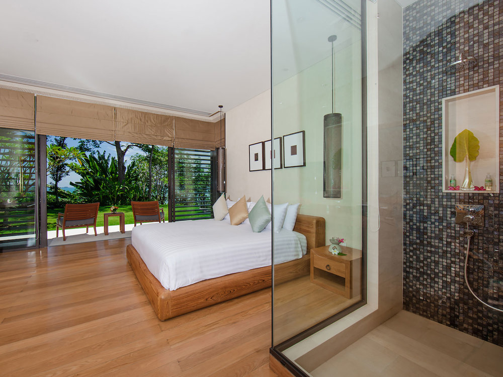 17. Featured Bedroom - Guest Villa 1.jpg