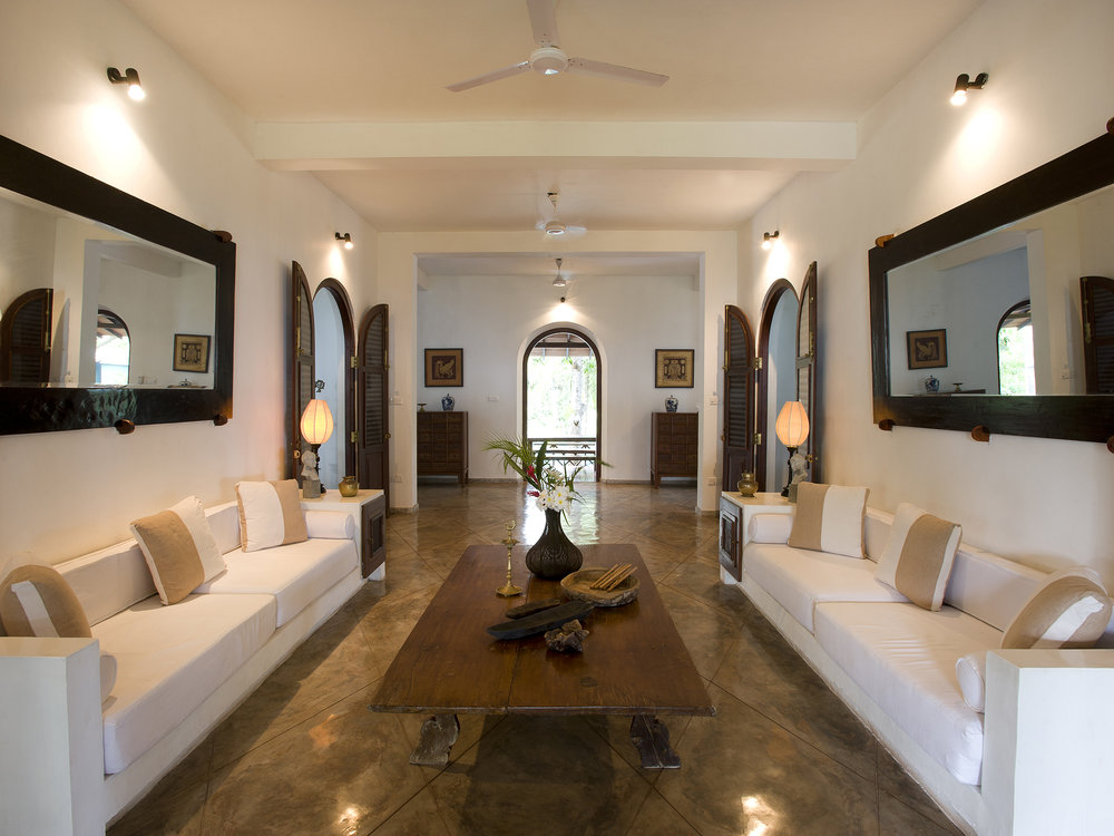11-Oceans Edge-Tangalle - Living room.jpg