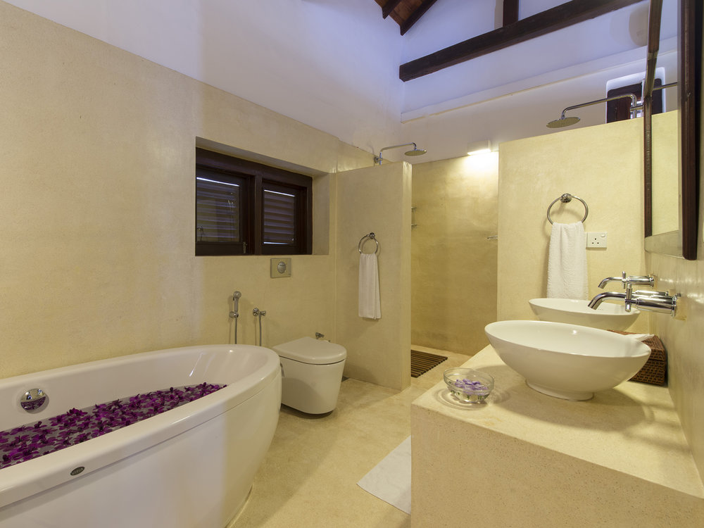 10-Ambassadors House-Galle - Master bathroom.jpg