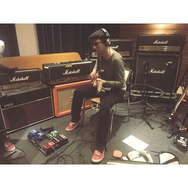 Gitar kayıtlarımız bitti! ⚡️ @harun_tekin @buraxerter @efedemi @babajimstudios  #GüzelŞeylerBirdenbire