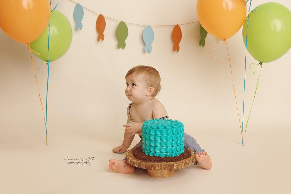 fotografia-de-ninos-primer-ano-anito-cake-smash-bizcocho-en-puerto-rico-kimberly-gb-photography-fotografa-89.jpg