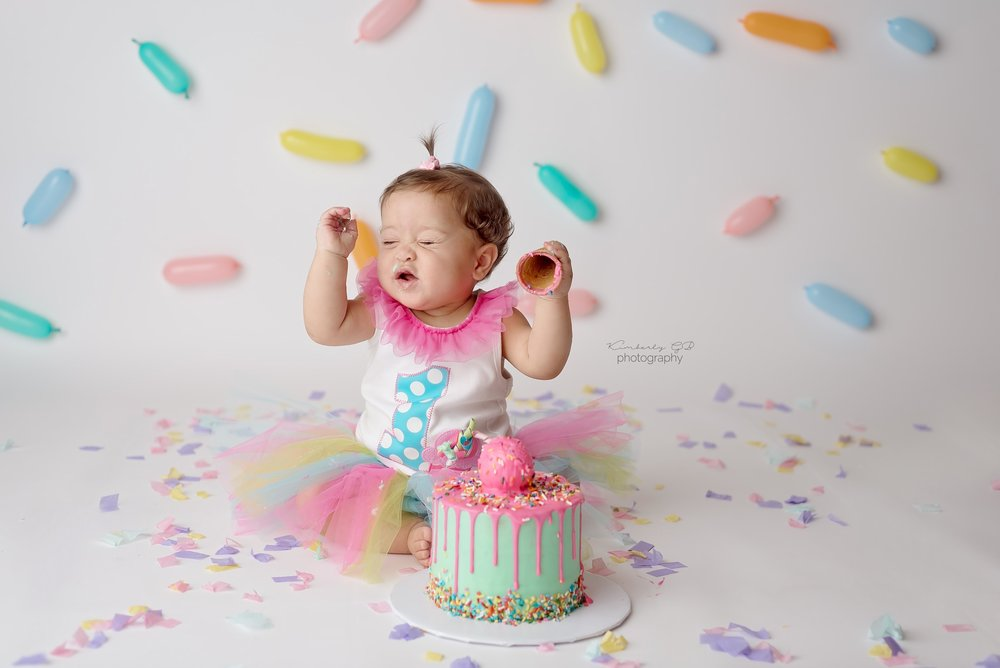 fotografia-de-ninos-primer-ano-anito-cake-smash-bizcocho-en-puerto-rico-kimberly-gb-photography-fotografa-136.jpg
