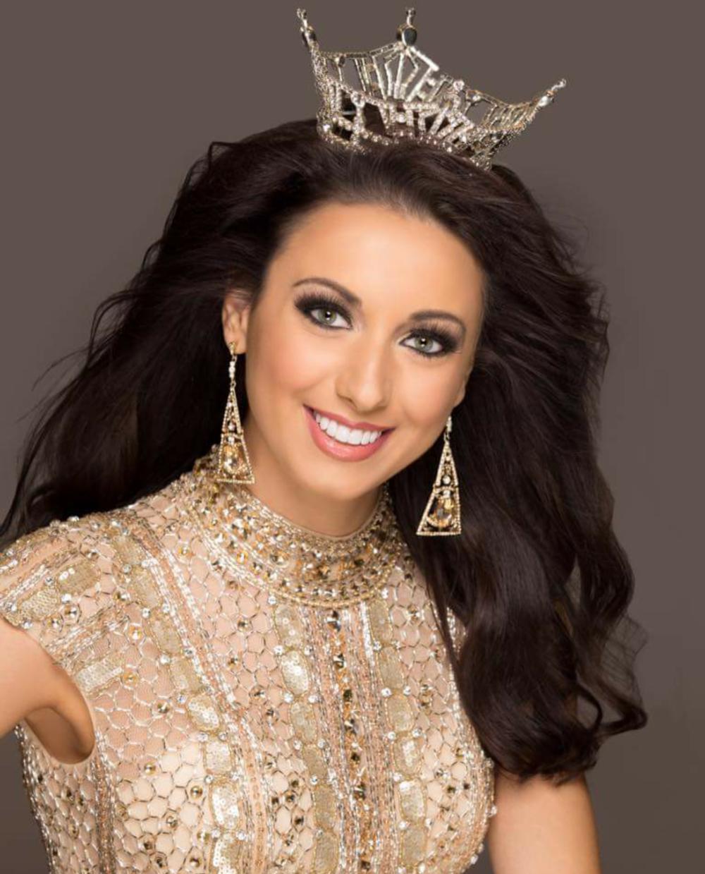 Miss Illinois 2015