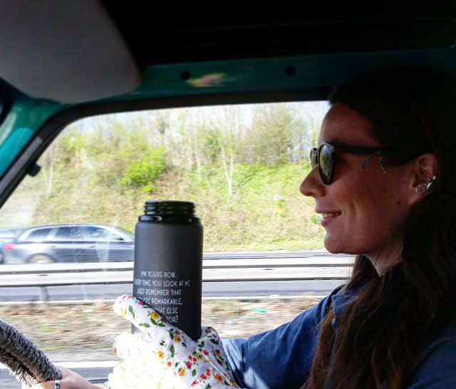 When your chai is too hot to hold, solution - use your beach clean gloves! #problemsolved #theplastictide #roadtrip