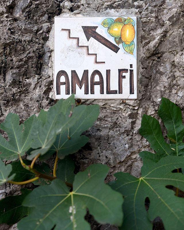 Stairway to heaven • ∙ • ∙  #photographylovers #picoftheday #pictureoftheday #pictureperfect #nikond750 #nikon #nikonphotographer #travelphotography #travel #travels #travelers #london #travelphotographer #travelphoto #travelphotos #brennaboatphotography #amalfi #amalficoast #amalficoastitaly #visitamalfi #visititaly #italy #italian #summer #ocean #italytravel #igitalia #italy_vacations #italyiloveyou