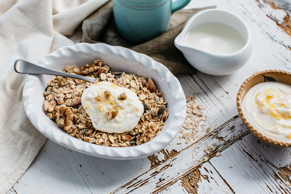 Toasted Muesli with Yoghurt
