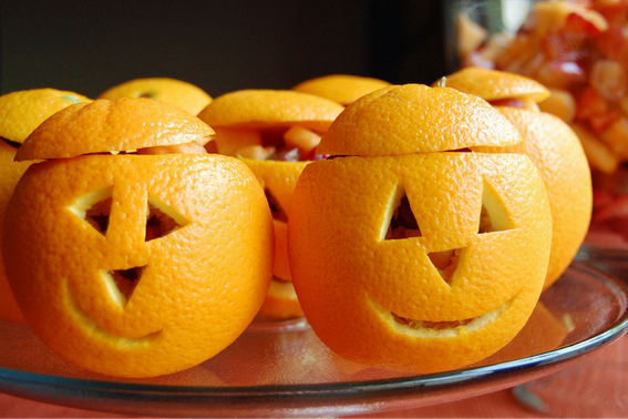 Snack-O-Lantern Fruit Cups