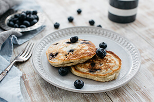 Oat and Berry Pikelets