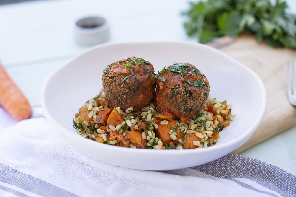 1006. Spinach and Chickpea Falafels served with roast sweet potato, pumpkin, brown rice salad and chunky tomato and roasted capsicum sauce