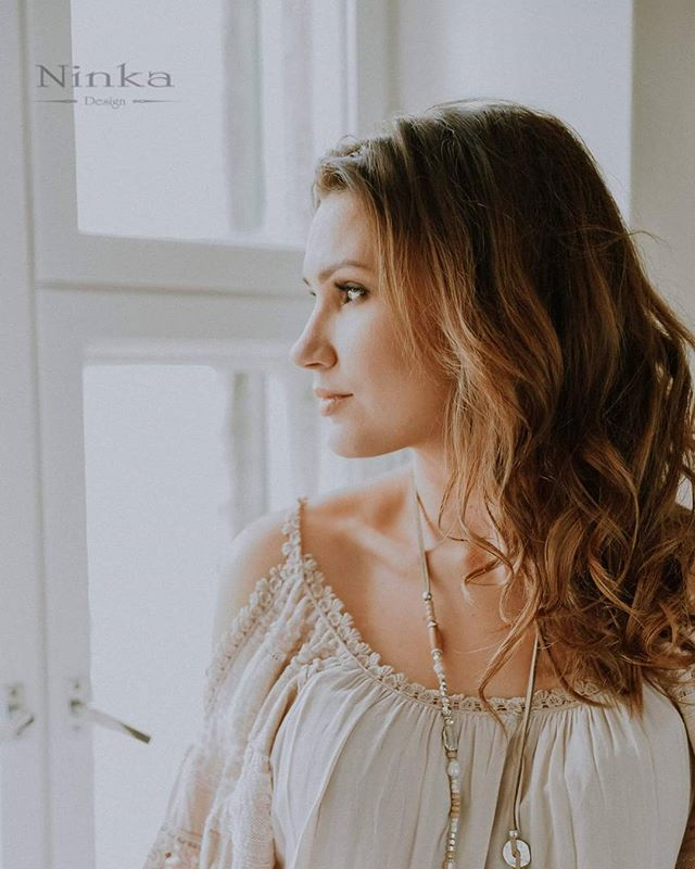 Photo @ninkadesign model&muah Hanna Kallio Dress Josefiinan aitta #ninkadesign #ninka #photoshoot #naturallight #hair #makeup
